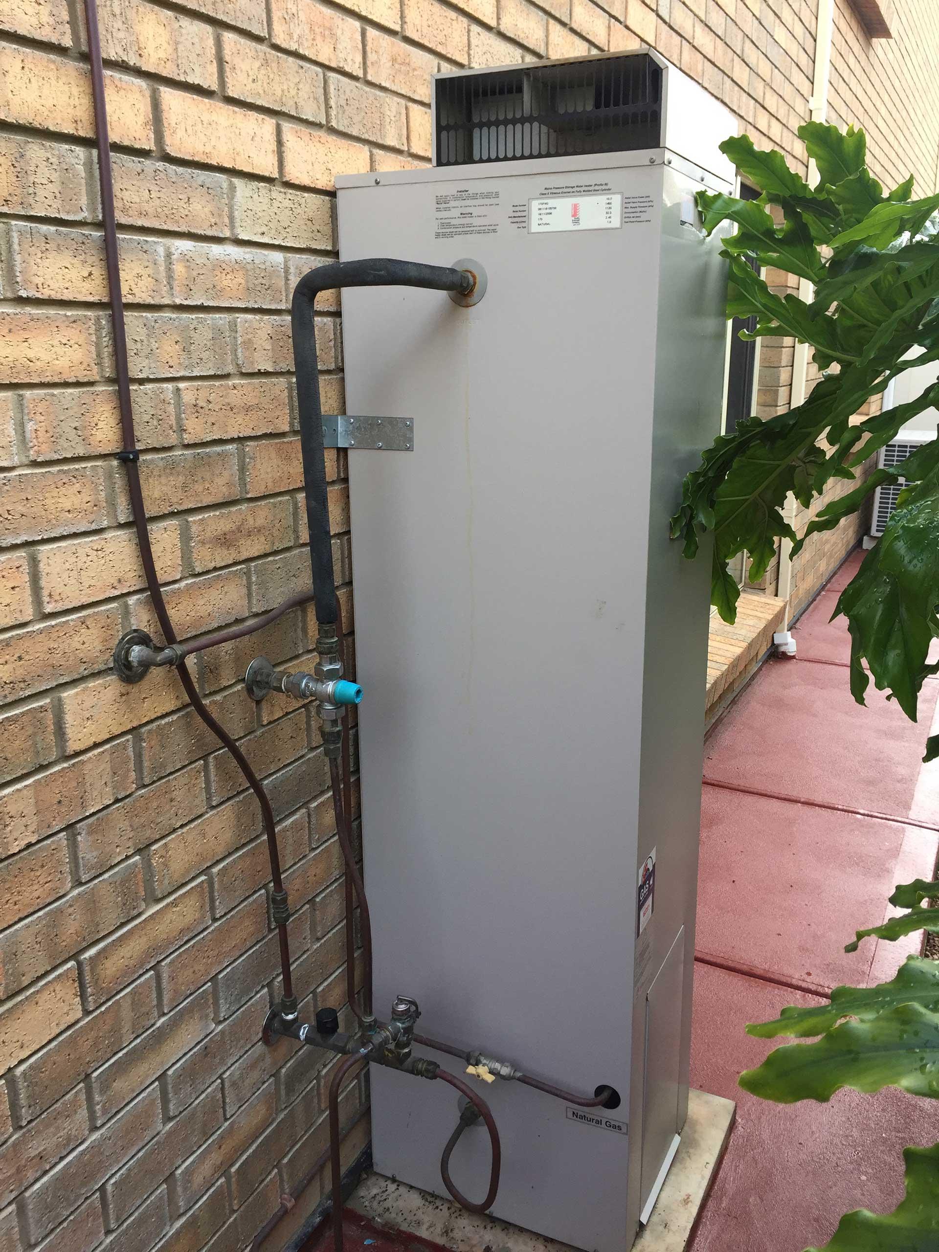 Natural Gas Hot Water Storage